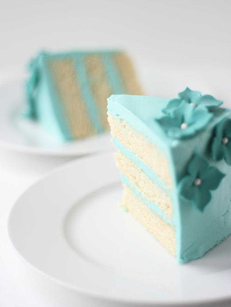 Vanilla Cake With Oil