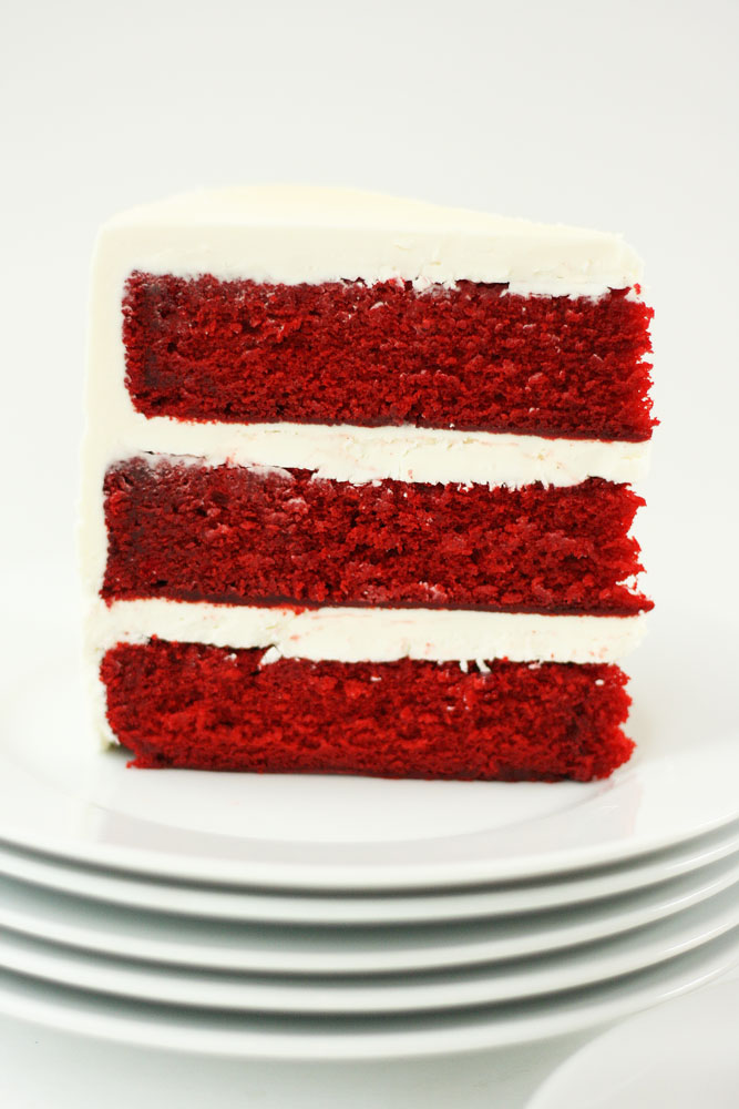 cream cheese frosting red velvet cake with fluffy red velvet cake